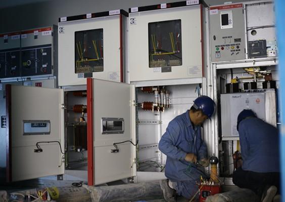 东莞绿景房地产佐伶项目高低压配电工程安装